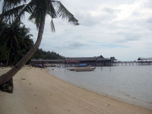 Pantai Batu Besar