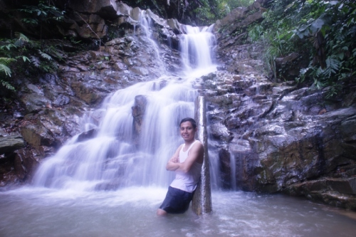 and this one is.. air terjun atas *narcist detected*