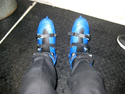 sepatu ice skating