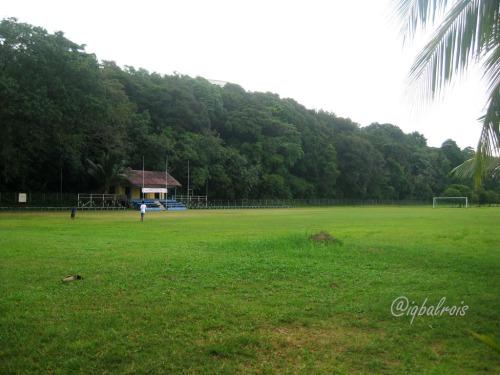 lapangan bola pulau sambu