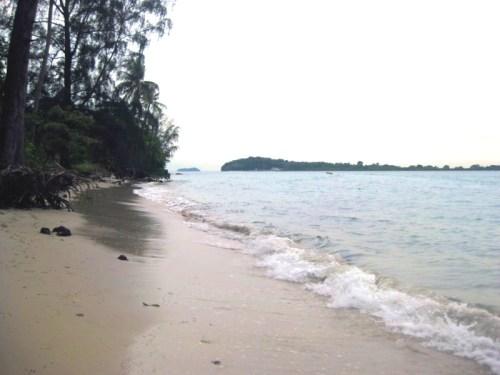 Pantai Indah, Pulau Lengkana