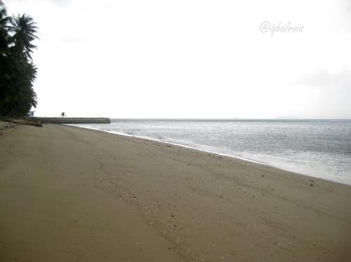 Pantai Pulau Sambu
