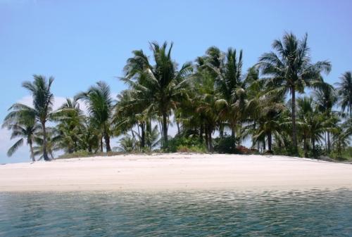 Singgah di Pulau Rano