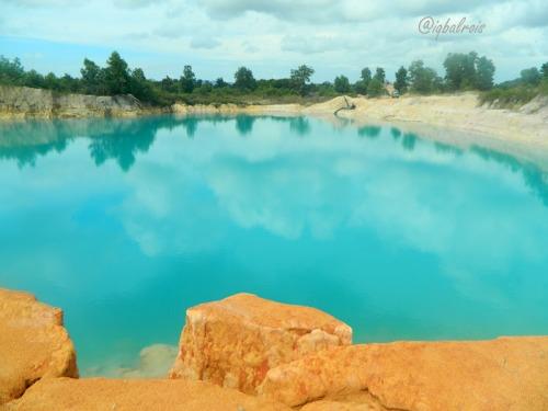 Danau Biru 2