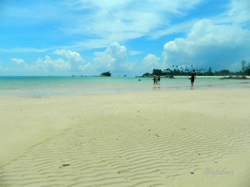 Pantai Trikora III