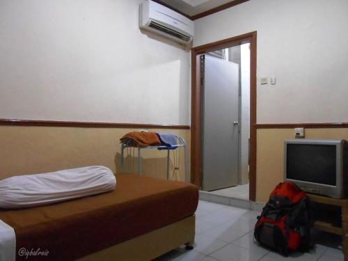 kamar standar di hotel anom. lumayan nyaman.