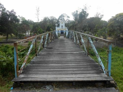 Gereja Khatolik Nha Tho Duc Me Vo Nhiem