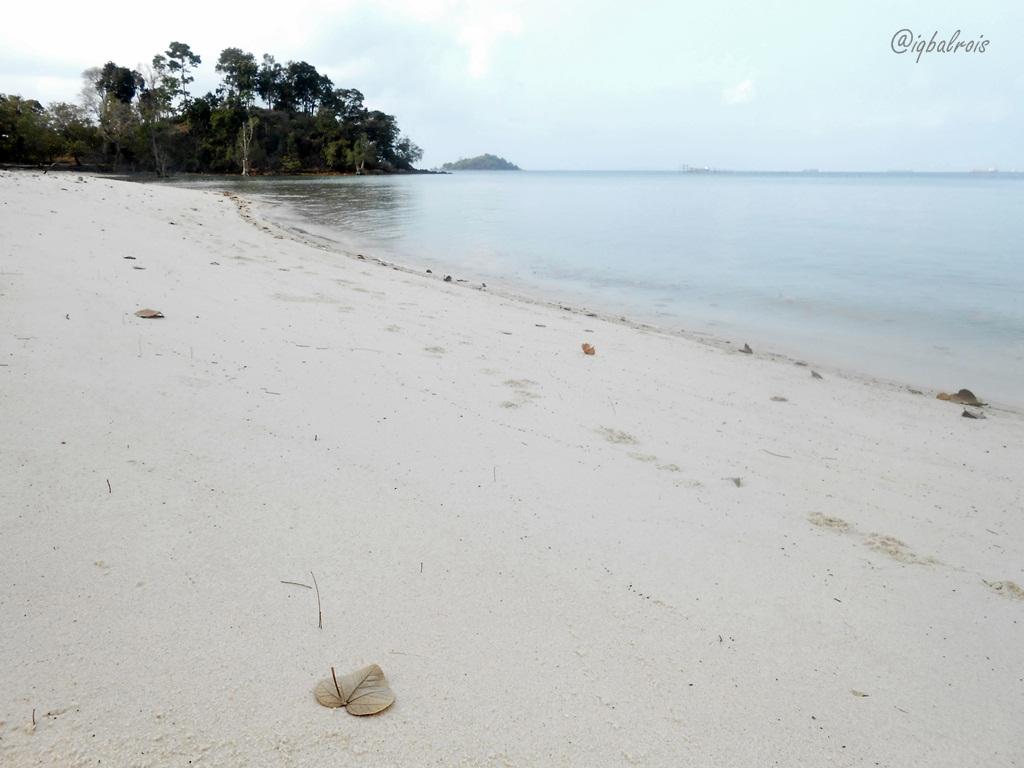 Image result for site:jalankemanagitu.wordpress.com Pantai Melur