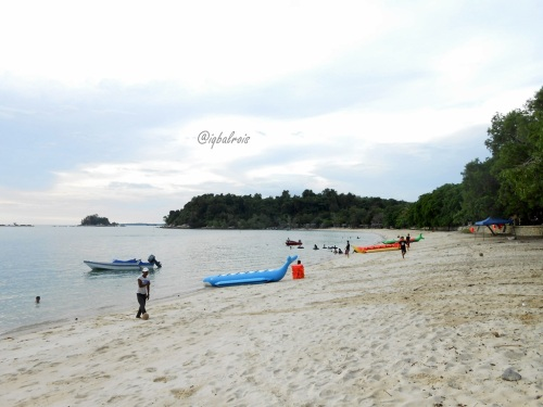 pantai pelawan 2