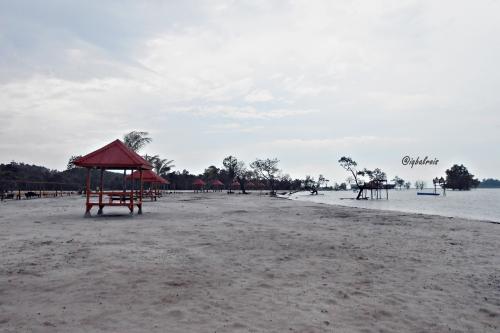 Pantai Vio Vio 4