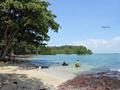 Pantai Dangas 8