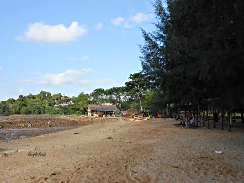 Pantai Indah Puri 6