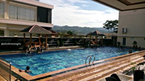 Hotel Sutan Raja Kolaka 8